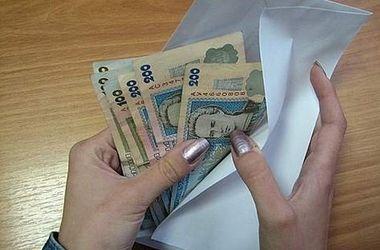 В Киеве работница госучреждения присвоила себе 7,5 млн. грн