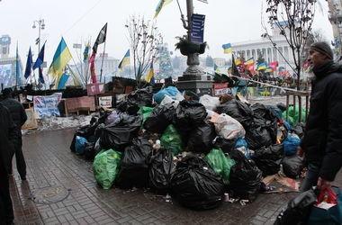 Из центра Киева вывезли 966 тонн мусора