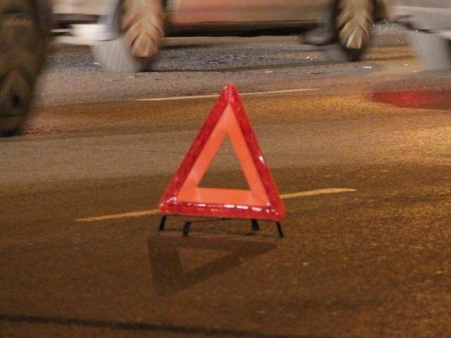 В Святошинском районе под колесами машины погиб молодой парень