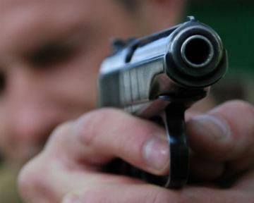 Под Киевом преступники ранили двух милиционеров