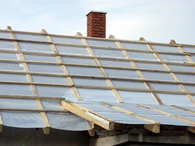 Зачем делать пароизоляцию крыши дома?