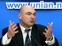 Киевской милиции дали месяц на ликвидацию подпольных казино