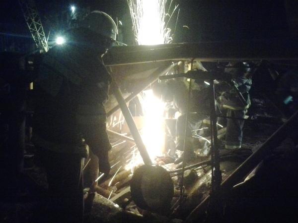 На киевской стройке упал башенный кран. Погибла женщина