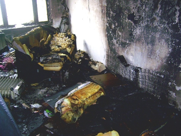 На улице Стадионной в Киеве горела многоэтажка