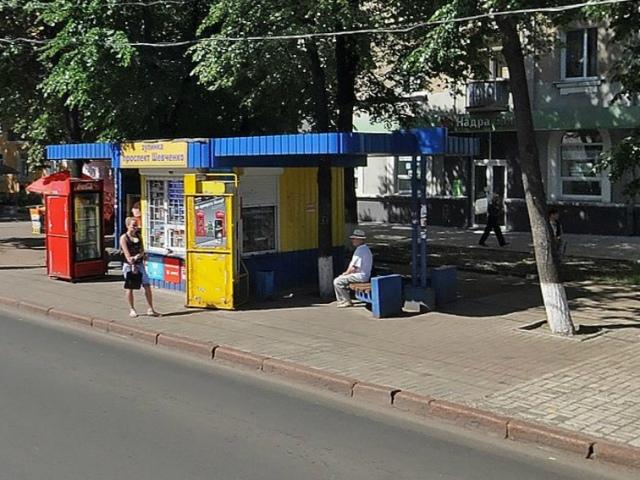 Жители Киева не против МАФов и просят вернуть их на остановки транспорта