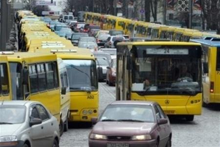 В Киеве снова может подорожать проезд в маршрутках