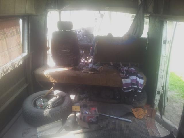 На пр. Свободы водитель обгорел во время пожара в авто