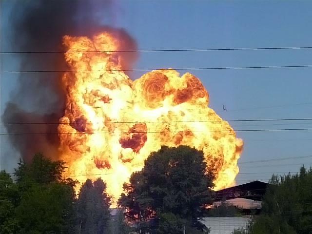 Под Киевом взорвалась автозаправка