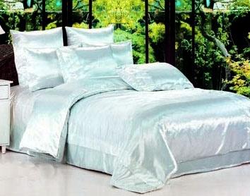 Правила ухода за постельным бельем из атласа