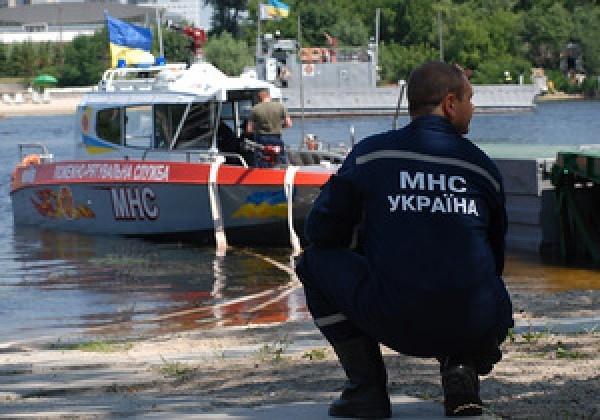 В день выборов в Киеве утонул мужчина
