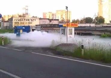 На столичной АЗС произошла утечка газа