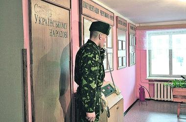 В элитной воинской части Киева погиб молодой солдат-контрактник