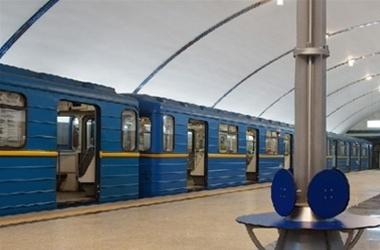 В метро сломался поезд: отказали тормоза