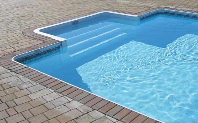 Как построить бассейн на даче своими руками: все этапы строительства