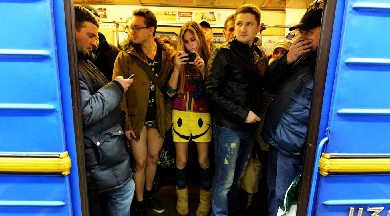 На 5-ти станциях метро появилась мобильная связь и Интернет
