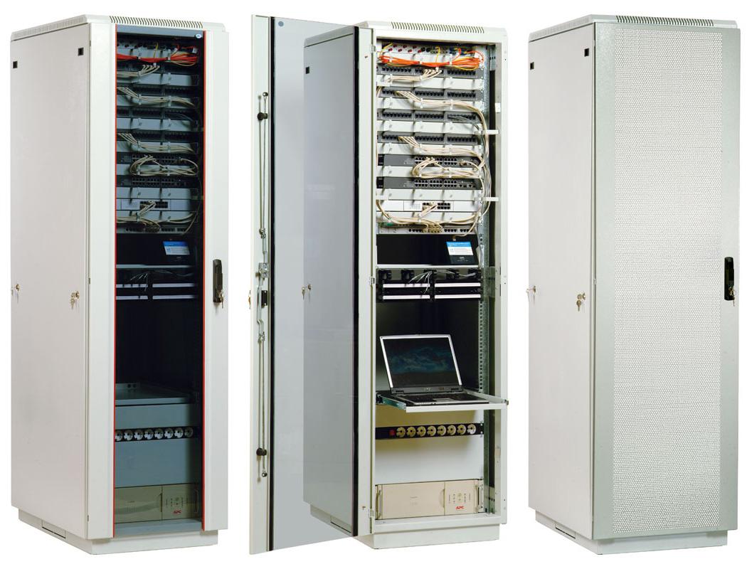 Телекоммуникационный напольный шкаф