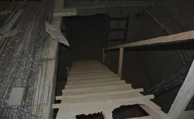 На Печерске из-за кафе может развалиться жилой дом