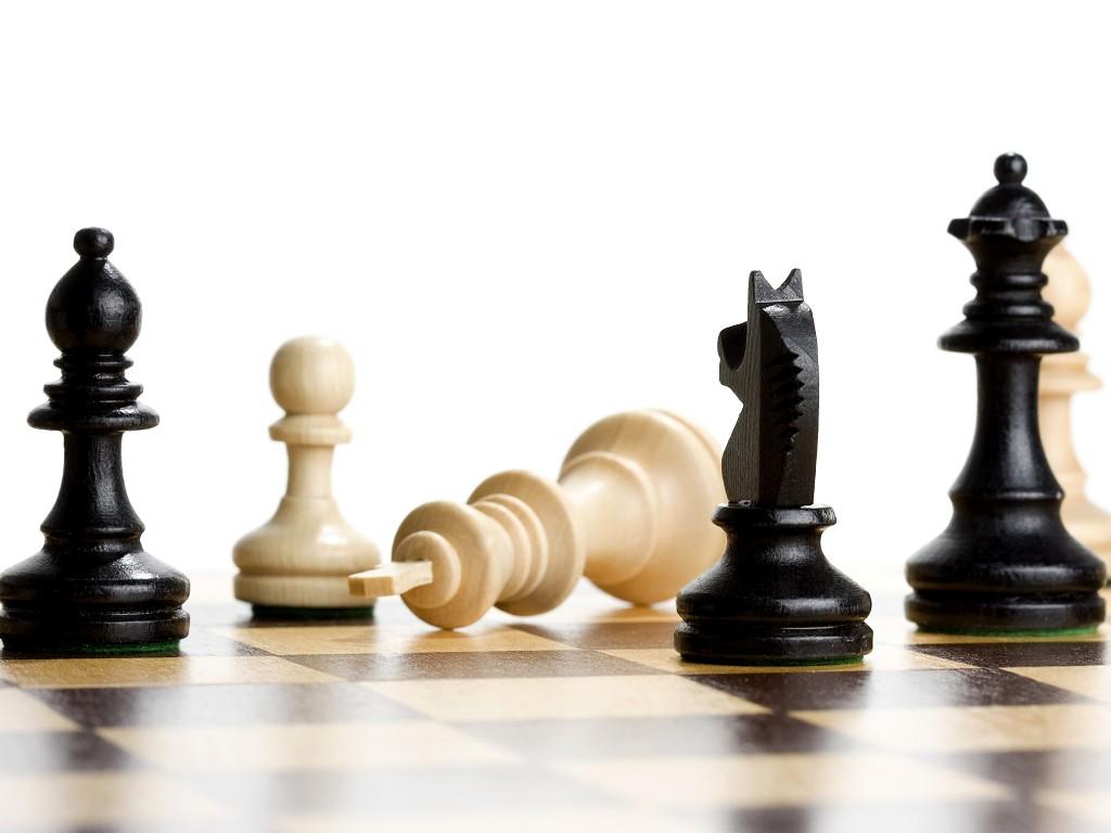 Кличко проиграл партию в шахматы 8-летней девочке