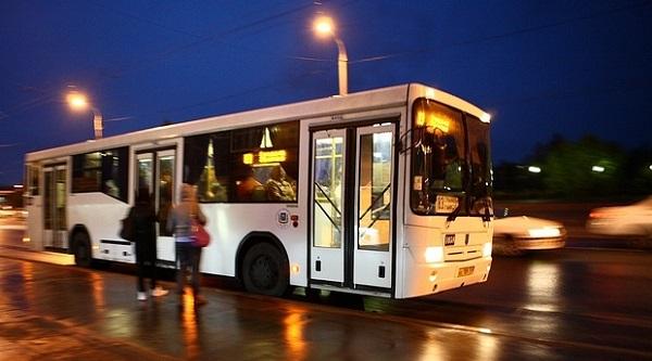 В Киеве определили 4 тестовых транспортных ночных маршрута
