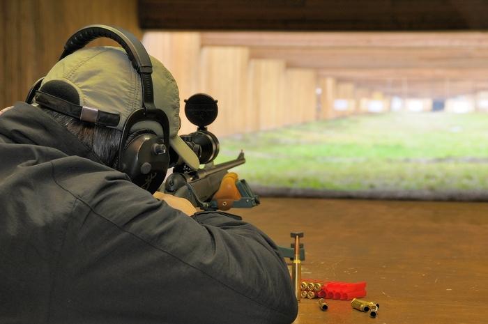 Киевских школьников будут учить стрелять