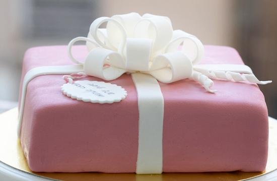 Детский торт с мастикой: в чем его оригинальность?
