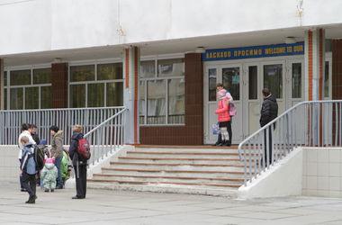 Мэра Киева просят найти деньги для обеспечения безопасности в школах
