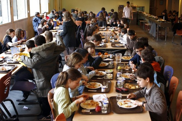 В садиках и школах дорожает питание