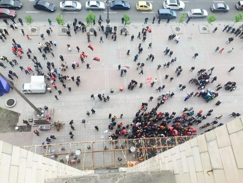 Владельцы МАФов начали штурм КГГА и перекрыли Крещатик
