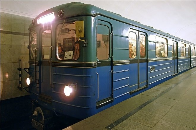 До конца года проезд в метро Киева не подорожает
