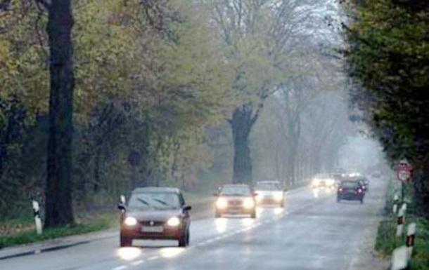 С 1 октября на Киевщине будут штрафовать водителей за выключенные фары