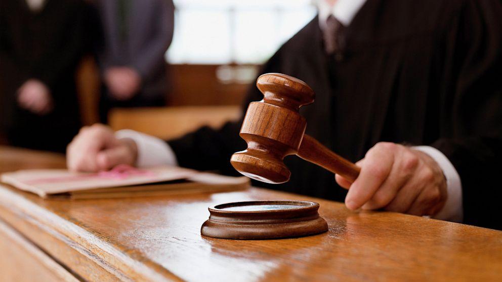 Суд может отменить запрет на торговлю алкоголем ночью в Киеве