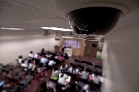 На установку видеокамер в школах город потратил 24 млн. грн.
