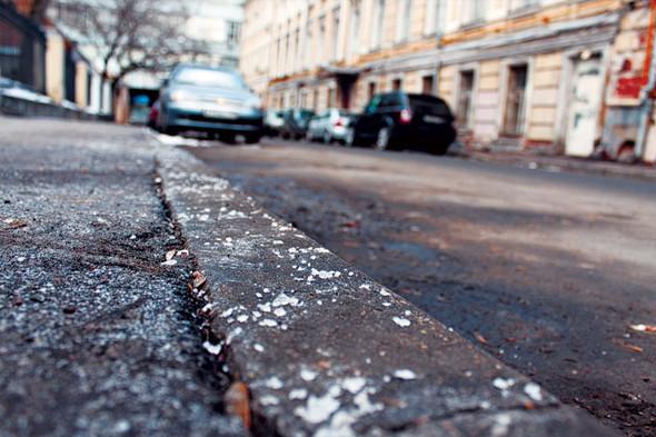 """""""Зимняя соль"""" не испортит пешеходам обувь, а машинам - колеса - В.Кличко"""