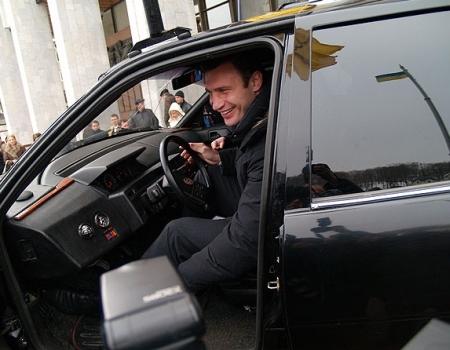 Мэр Киева стал очевидцем плохой работы парковщика