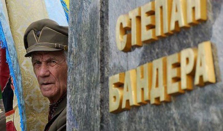 Россияне хотят переименовать в Киеве просп. Степана Бандеры
