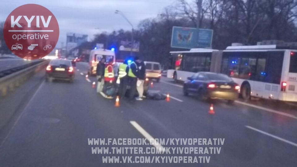 Пешеход-камикадзе не смог перебежать проспект Победы