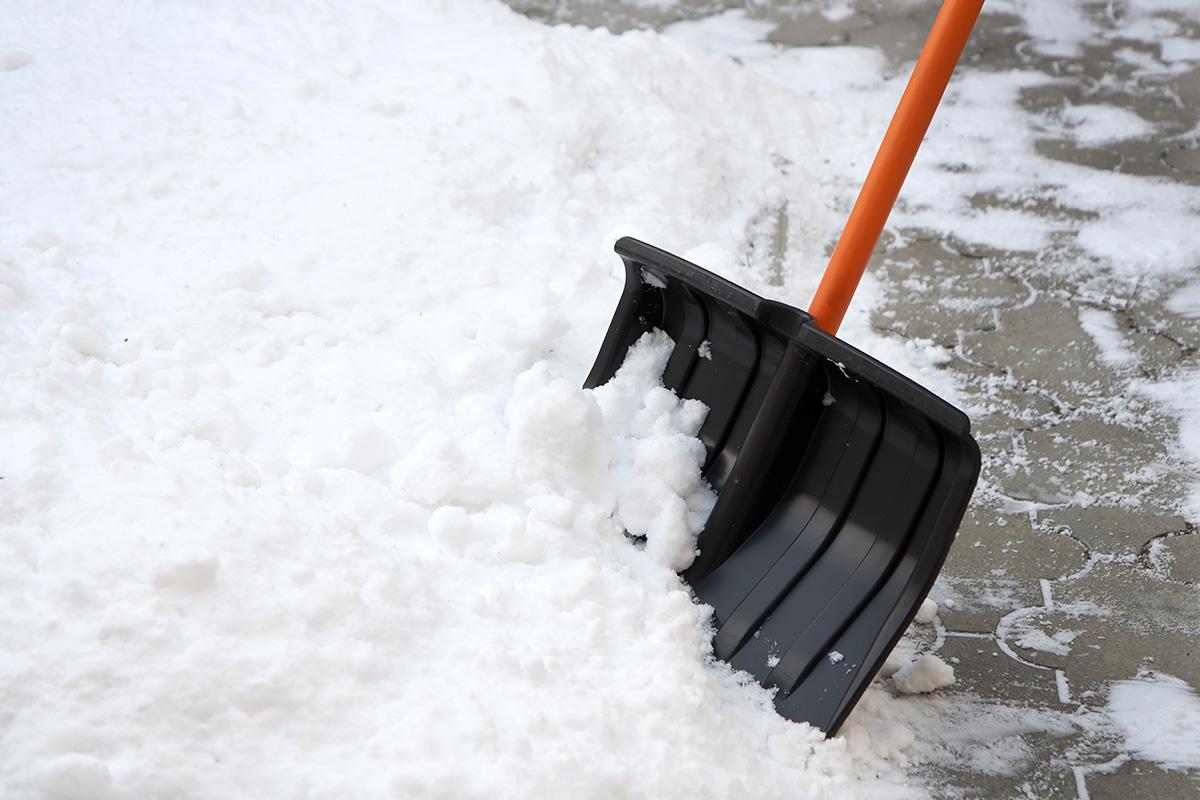 Кличко потребовал более слаженной работы по уборке снега в Киеве