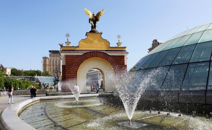 На Майдане восстановят фонтаны, поврежденные во время Революции Достоинства