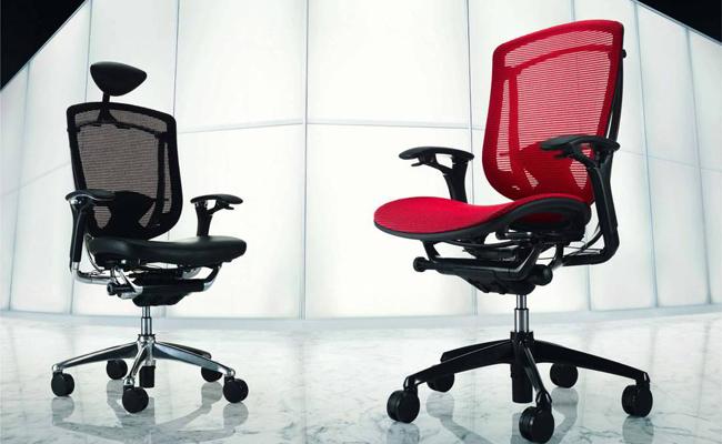 Почему для работы нужно использовать только офисное кресло?