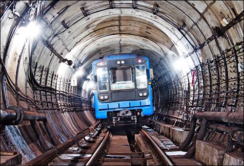 В Киевском метрополитене появятся вертикальные туннели