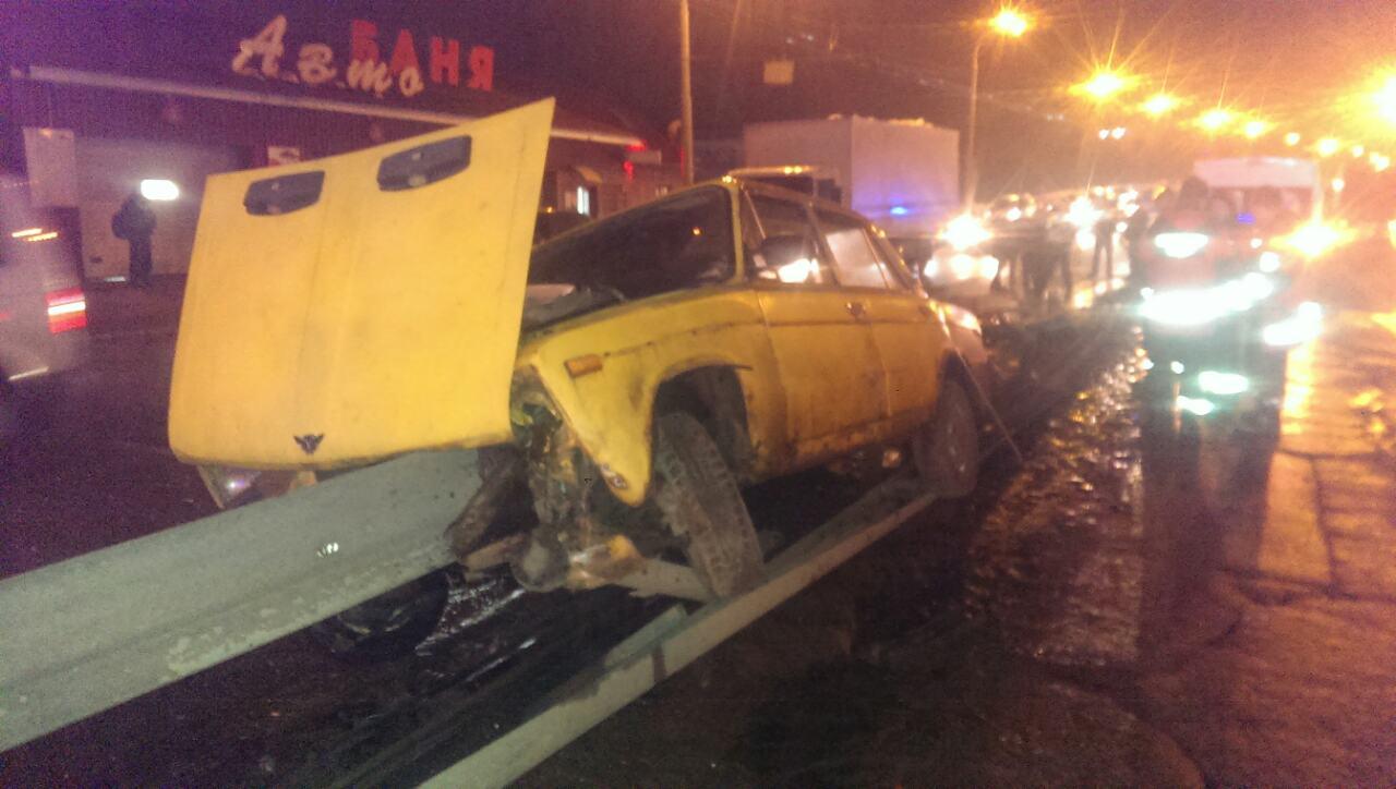 Страшное ДТП: на ул. Луговой отбойник насквозь прошил водителя в авто