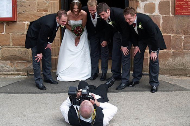 Почему не нужно экономить на свадьбе: выбор фотографа и тамады