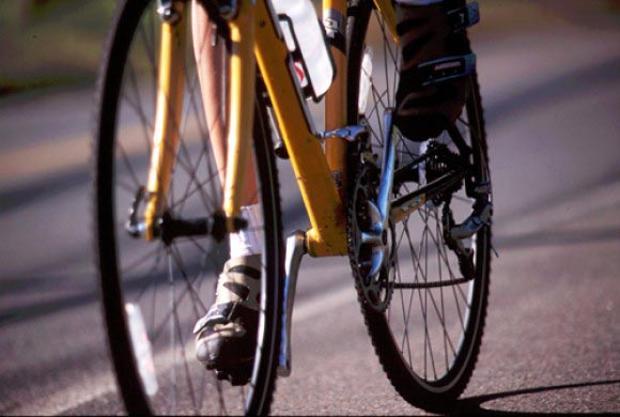 У подростка украли велосипед на детской площадке в Киеве