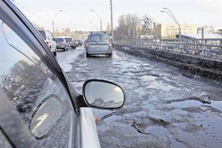 Кличко вселил надежду: через 4 года дороги в Киеве станут нормальными