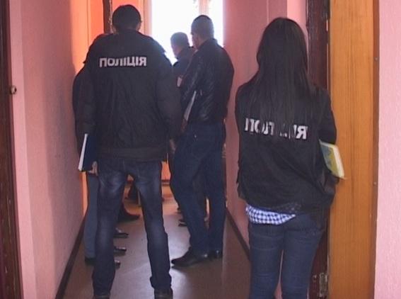 Киевлянин-наркоман прожил два месяца с убитой матерью