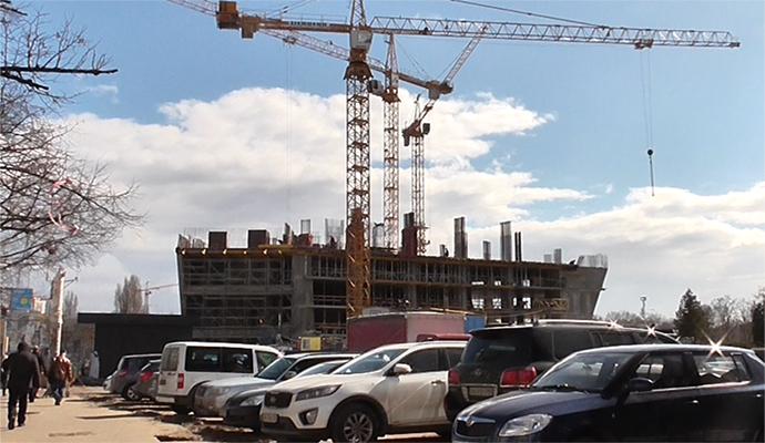 Стройка возле ЗАГСа в Киеве: жилой комплекс растет, как грибы