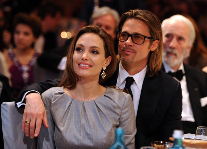 Анджелина Джоли и Брэд Питт посетили сеанс татуировки незадолго до разрыва