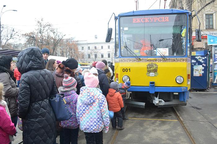"""Для детей в Киеве пустят """"Сказочный трамвай"""""""