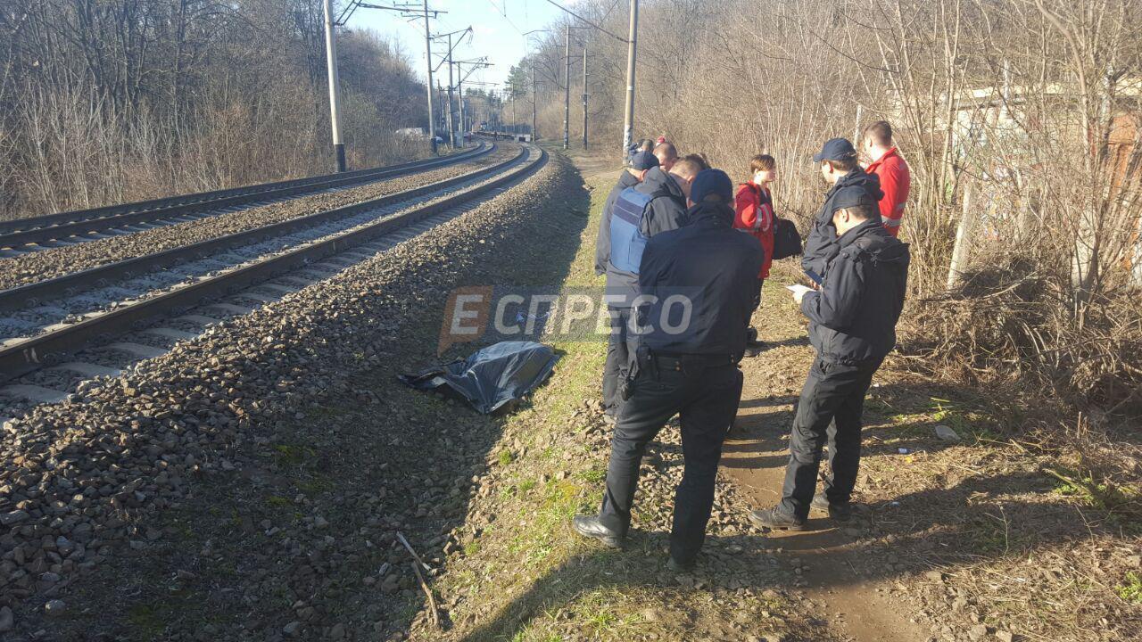 В Киеве поезд насмерть сбил 15-летнего фотографа