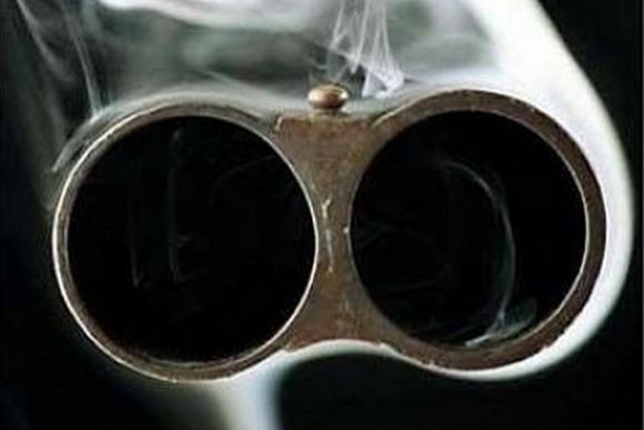 В Киевской области хозяин дома застрелил грабителя